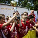 Strahlende Sieger beim großen Finaltag des Leipziger-Cups